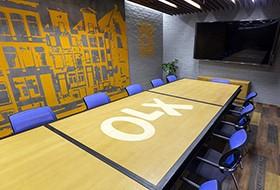 Thiết kế nội thất phòng họp văn phòng OLX
