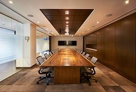 Thiết kế nội thất phòng họp văn phòng PostMedia
